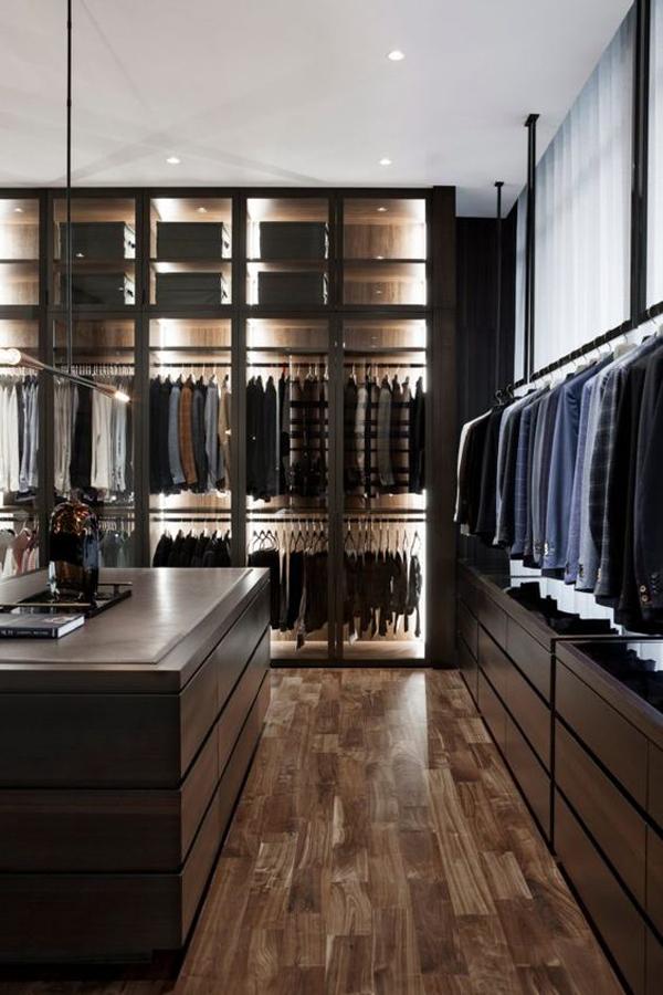 aesthetic-modern-walk-in-closet-design