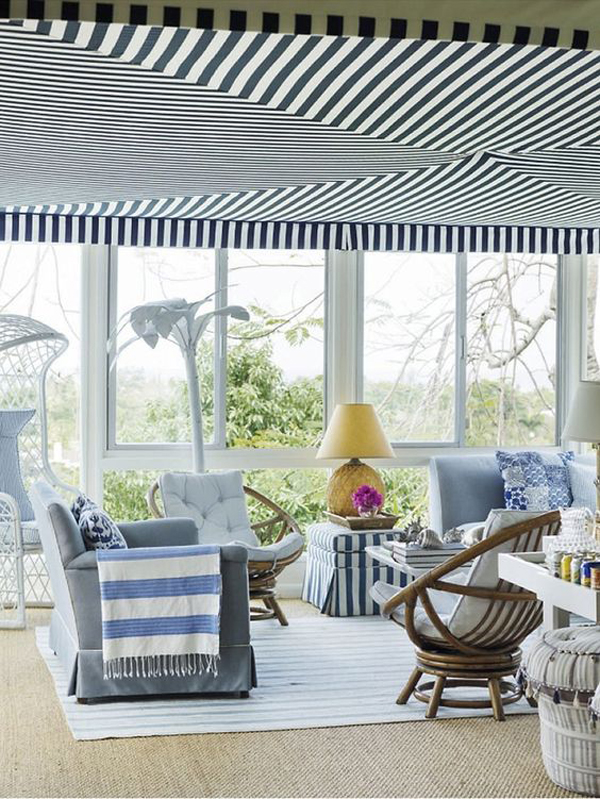 beachy-tropical-sunroom-with-blue-and-white-color