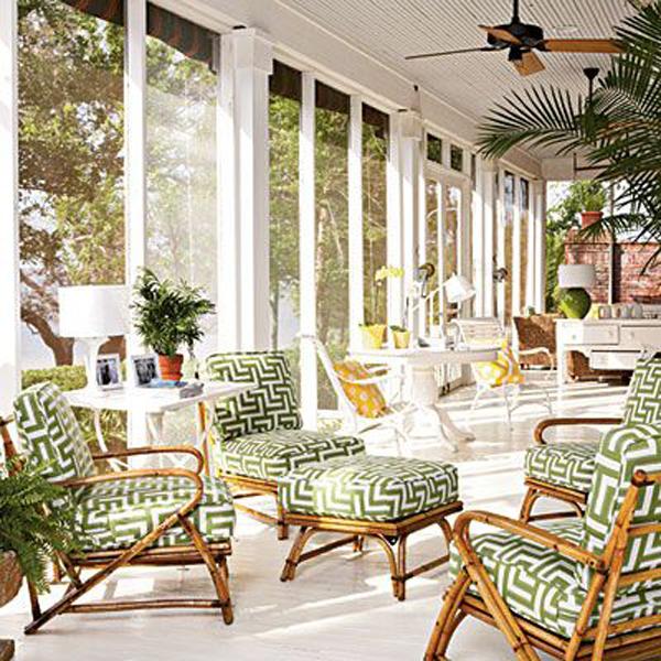 bright-tropical-sunroom-interiors