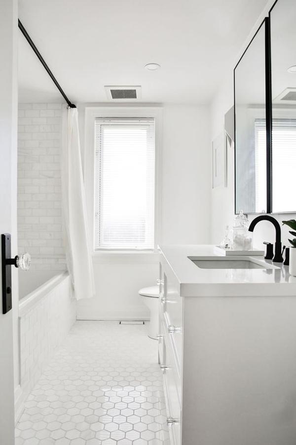 budget-friendly-white-bathrooms