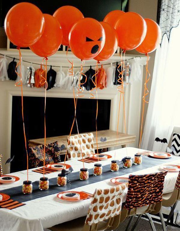 classic-diy-halloween-ballon-for-dining-room