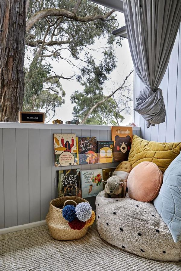 cozy-kids-reading-nook-on-the-balcony
