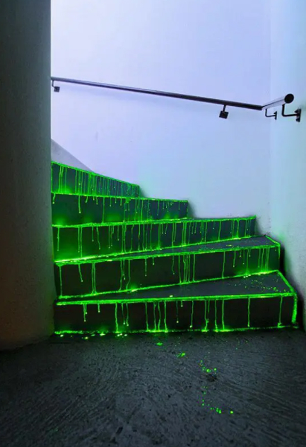 creepy-green-neon-glow-in-the-dark-for-staircase
