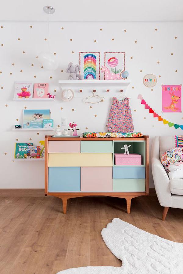 cute-rainbow-theme-kid-room
