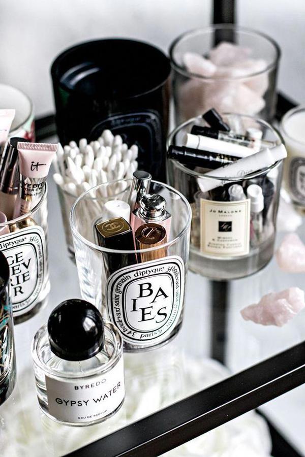 diy-glass-makeup-organizer-on-low-budget