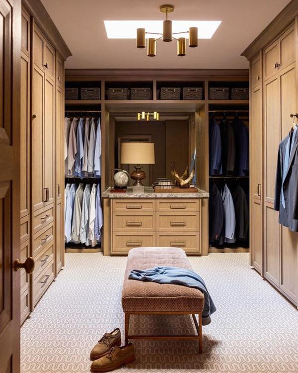 elegant-walk-in-closet-for-men