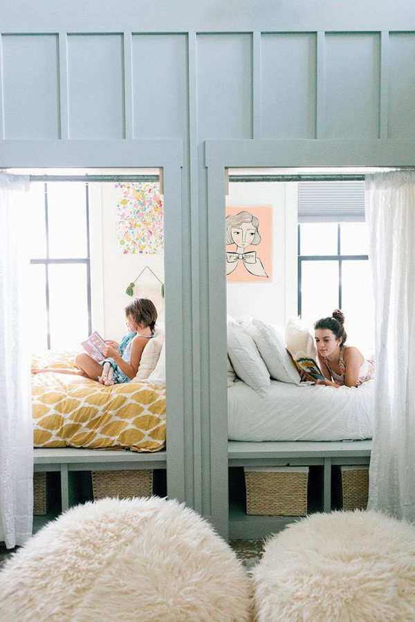 farmhouse-style-kids-bedroom-with-reading-and-outdoor-view