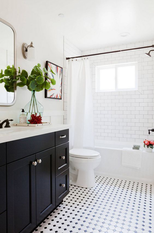 fresh-and-minimalist-bathroom-with-plants
