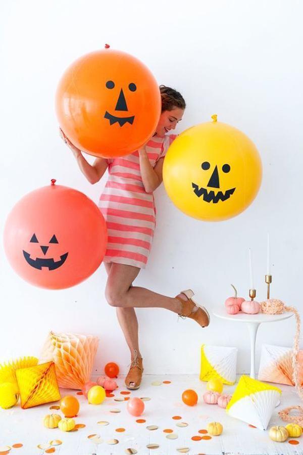 giant-jack-o-lantern-balloons-for-halloween