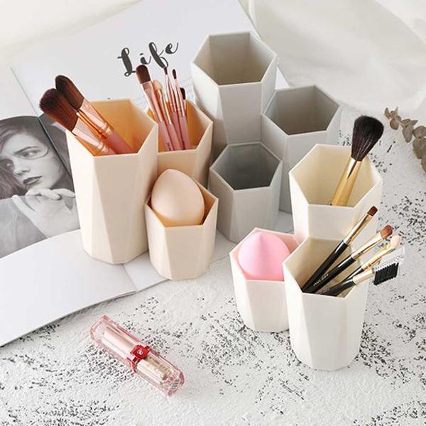 hexagon-brush-makeup-storage-ideas