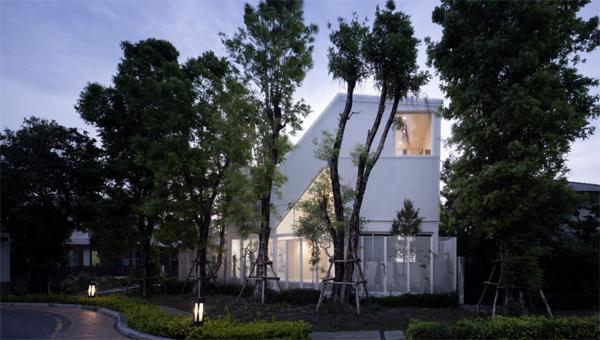 house-cover-light-design