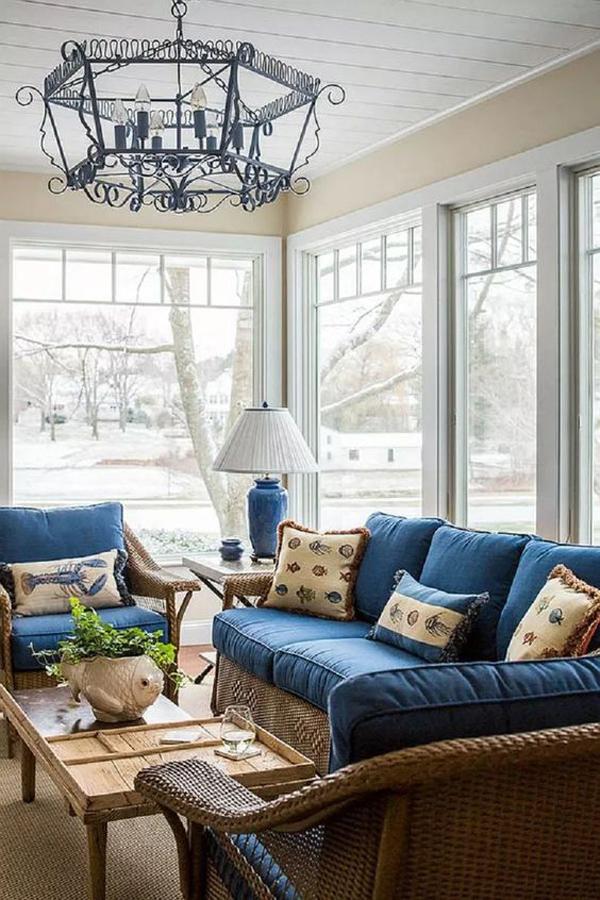 inspiring-coastal-sunroom-design