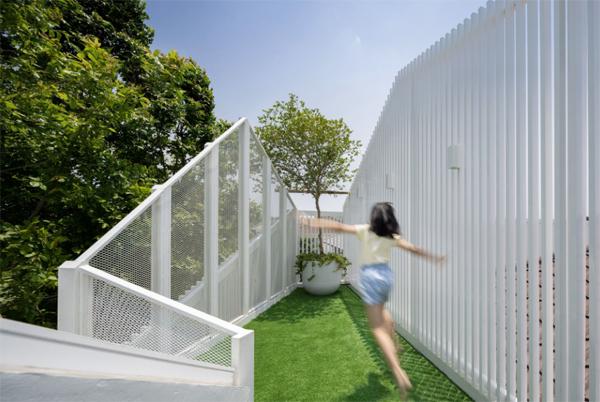 loft-grass-garden-design