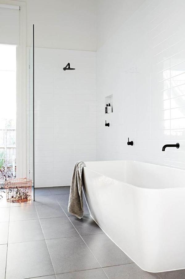 modern-white-bathroom-with-tub-ideas