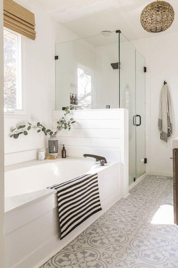 modern-white-farmhouse-bathroom-ideas
