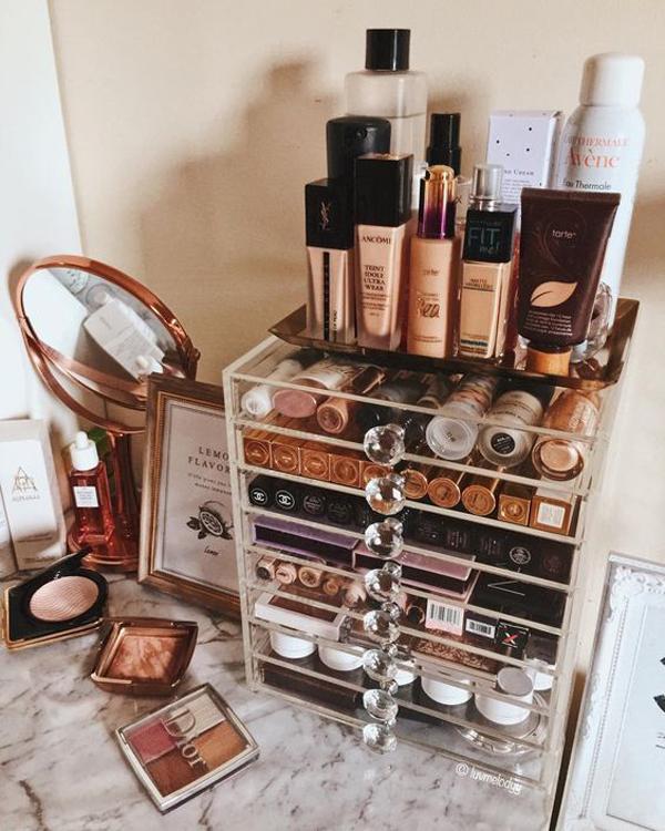 simple-makeup-boxes-organization-ideas