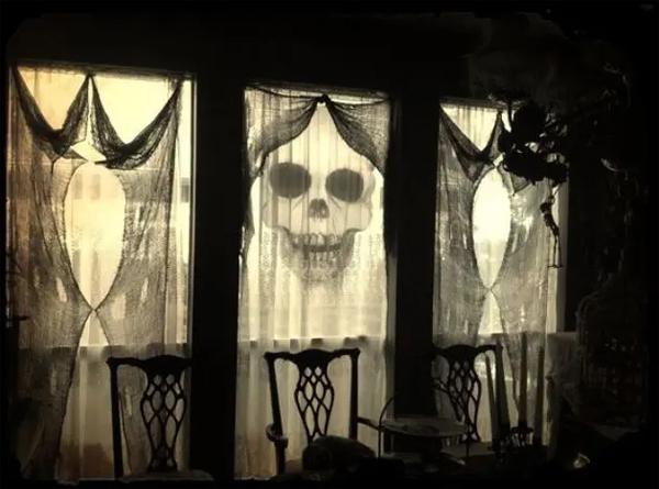 spooky-halloween-window-curtains
