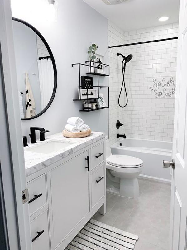 stylish-white-hallway-bathroom-ideas