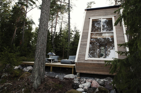 tiny-cabin-in-finland