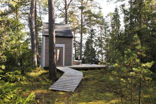 tiny-level-tiny-cabin-integrated-with-outdoor
