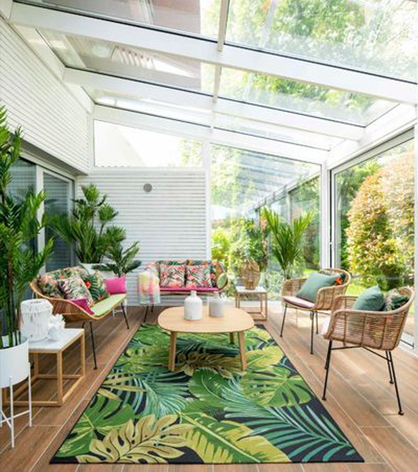 tropical-sunroom-with-glass-roof