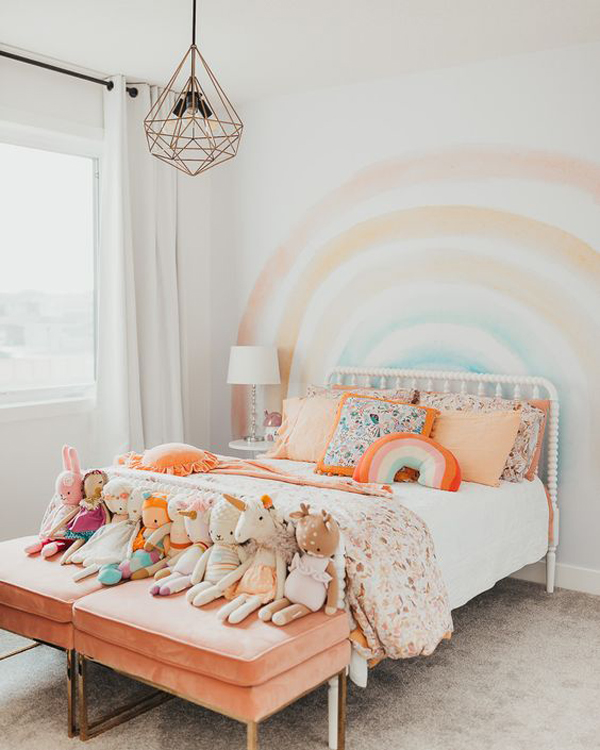 vintage-rainbow-bedroom-wall-for-little-girls