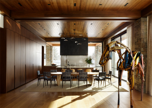 wood-dining-room-design-with-horse-art-display