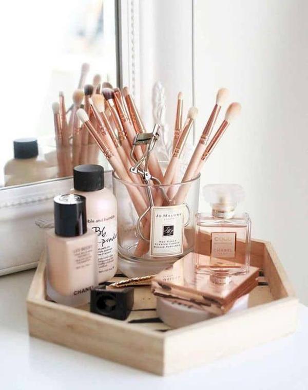 wood-makeup-tray-storage