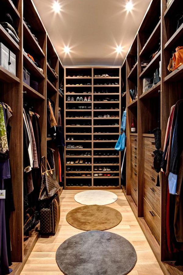 wooden-walk-in-closet-for-men