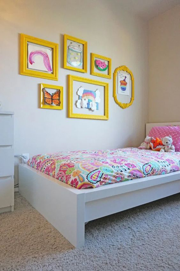 yellow-gallery-frame-wall-for-kid-bedroom