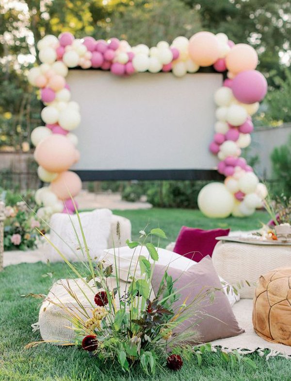 backyard-movie-party-ideas-for-ladies