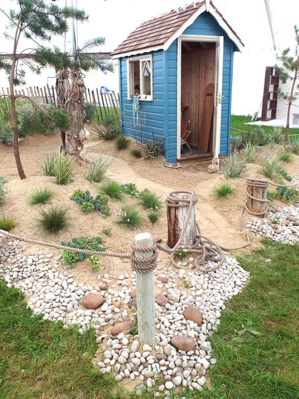 beach-theme-garden-shed