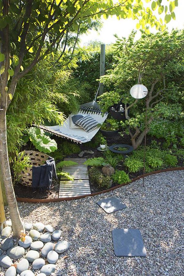cozy-outdoor-hammock-with-seaside-garden-landscapes