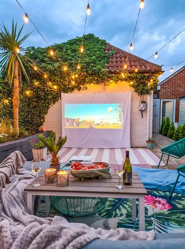 cute-and-colorful-outdoor-cinema-ideas