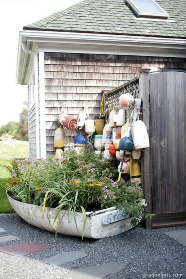 diy-boats-container-garden-ideas