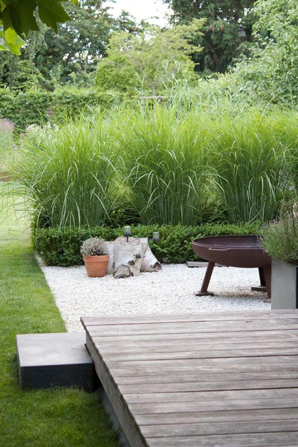 modern-beach-seaside-backyard-deck-garden