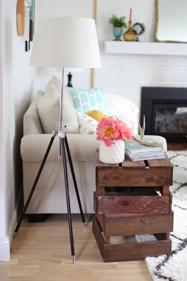 simple-tripod-floor-lamp-decor