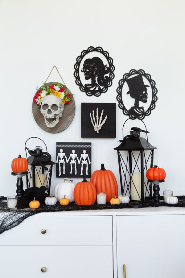 skeleton-halloween-gallery-wall-collection