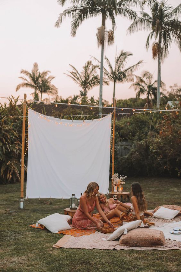 summer-backyard-moviw-nights-for-girl