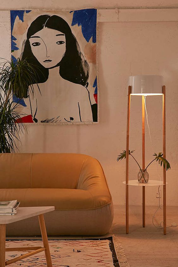 tripod-floor-lamps-with-table-design