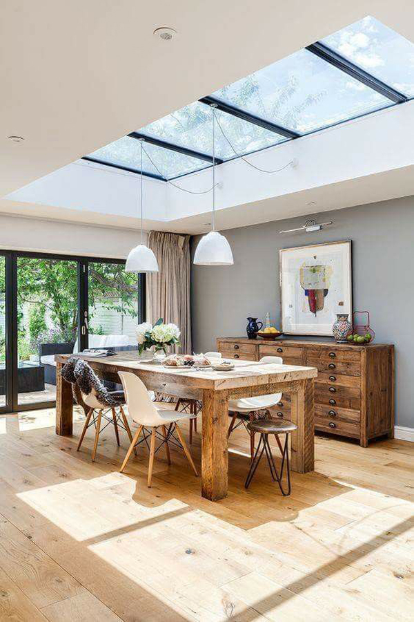 wood-dining-room-with-skylight-decor